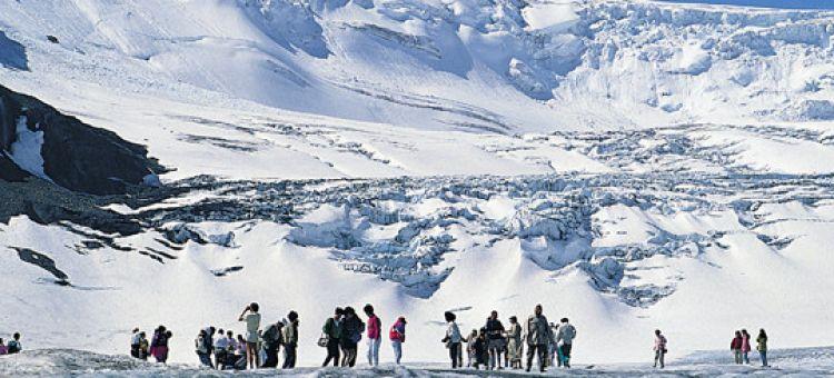 Winter Jasper to Banff and Lake Louise Tour