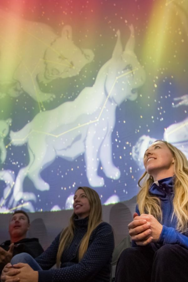 Explore the outer space with Jasper Planetarium